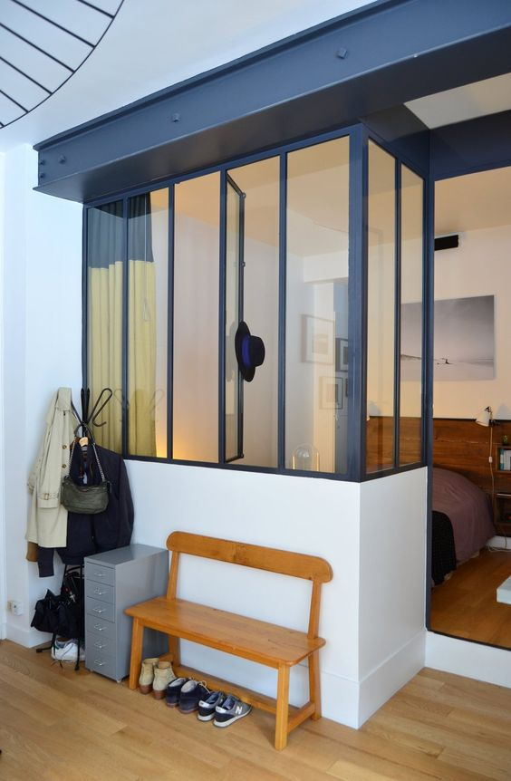 Amandine amaury 39 s lovely little loft in paris visites for Fenetre interieure style loft