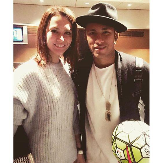 17.10.2015 Neymar & Fan nach dem Spiel #FCBRayo #repost #instagram @avi__official