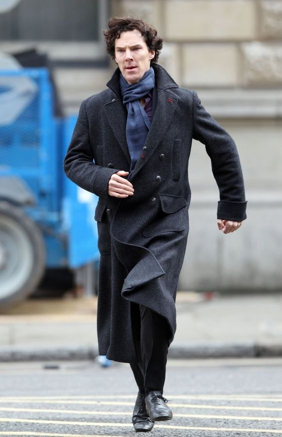 Benedict Cumberbatch Photo - Benedict Cumberbatch Films A Stunt On The Set Of 'Sherlock Holmes'
