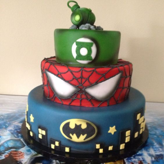 Green Lantern Cake Decorating Kit : Superhero, Superhero birthday cake and Birthdays on Pinterest