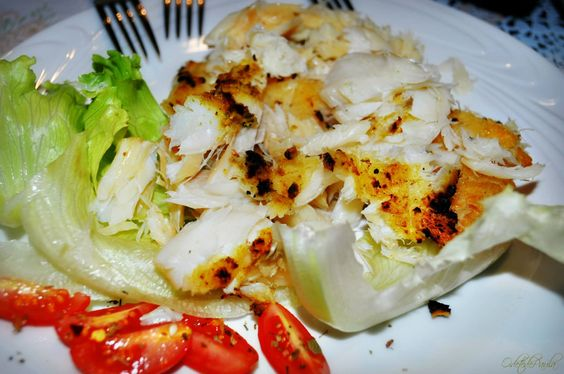 churrasco de bacalhau com salada