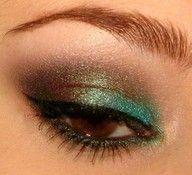 green & brown eyeshadow: Pretty Eye, Eye Makeup, Eyeshadow, Brown Eye, Hair Makeup, Hair Nails, Peacock Eye