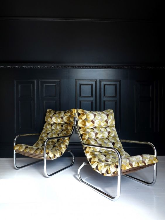 A pair of retro lounge chairs | 47 Park Avenue
