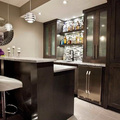 Turn your basement into a bar 20 inspiring designs that for Small bar area ideas