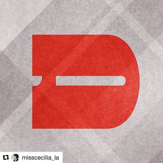 Gorgeous reverse stress for the #26letterchallenge #Repost…