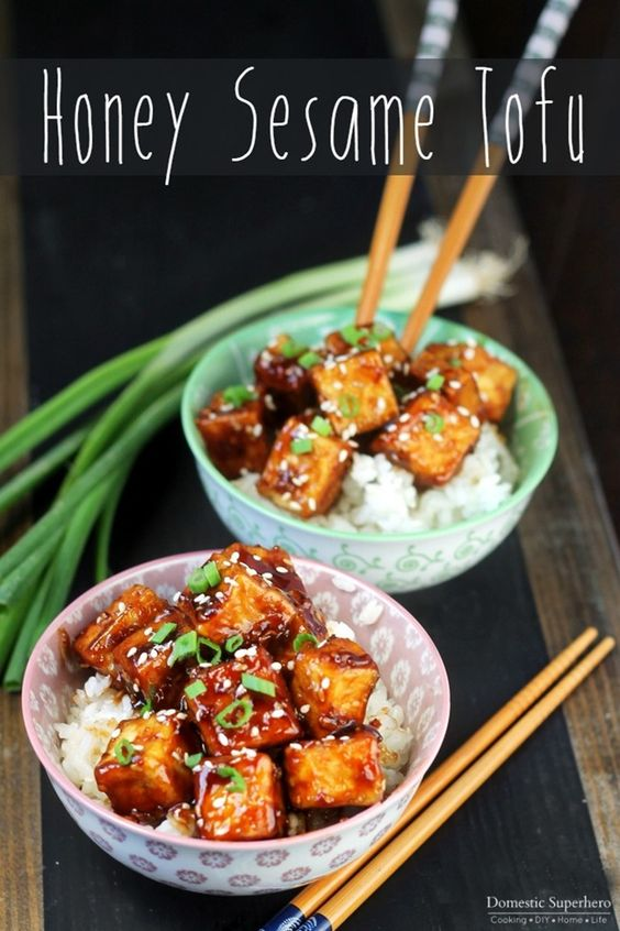 Honey Sesame Tofu is the perfect dinner for meatless monday or vegetarians. The…