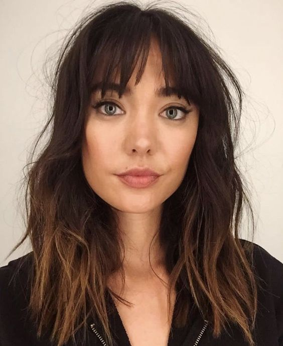 21 Bangs Hairstyles To Inspire You In Summer Medium Hair Styles Hair Styles Hair Lengths