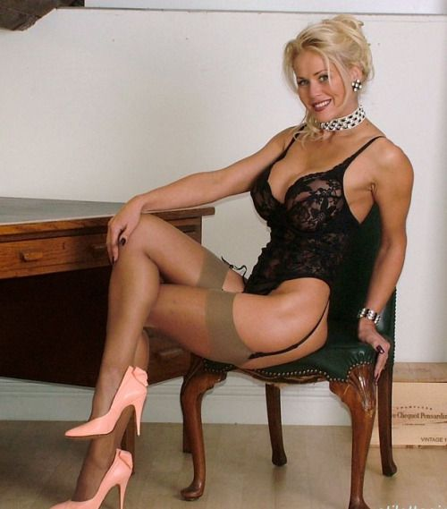 Blond English Mature Women 18