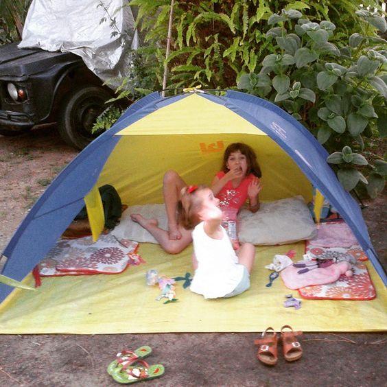 Hija menor y Nieta  ..... disfrutando el Jardín . Arte-sanías | flostellamaris