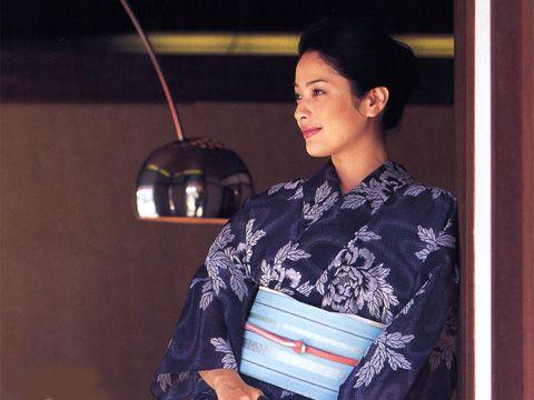 絹紅梅の型染め着物 牡丹柄 Kinukoubai(shilk kimono for summer) of stencil printing / peony pattern