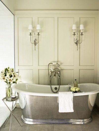 The best lighting ideas for your luxury bathroom. See the best bathroom design ideas with a unique lighting. #luxury #bathroom #furniture | See more suggestions at www.maisonvalentina.net: