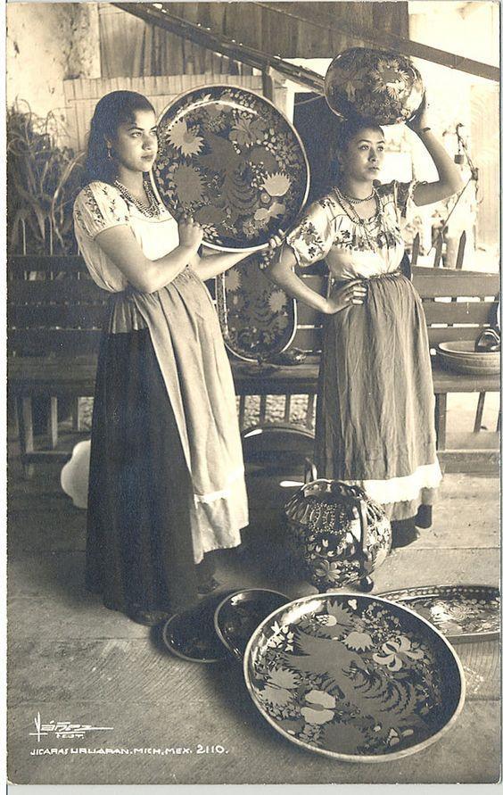 mujeres de uruapan michoacan-Las mejores fotos antiguas de México -Las mejores fotos antiguas de México | Descubre las mejores fotos antiguas de México, conoce la historia de México en fotos. #méxico #mexicocity #antigua #culturamexico #cultura #travel #ciudadesenmexico