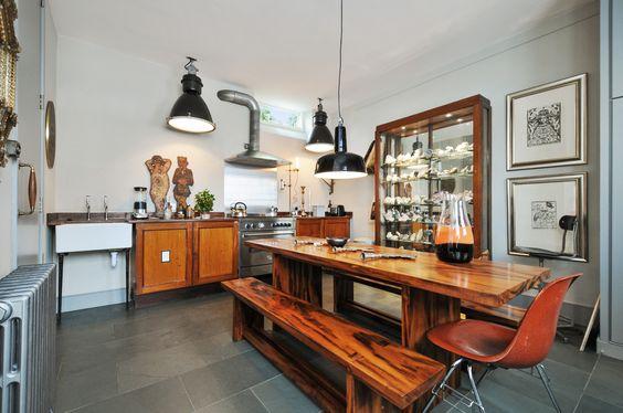 Stunning modern/retro kitchen - www.photoplan.co.uk