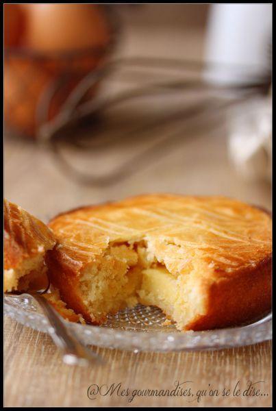 Gâteau basque à la crème patissière.