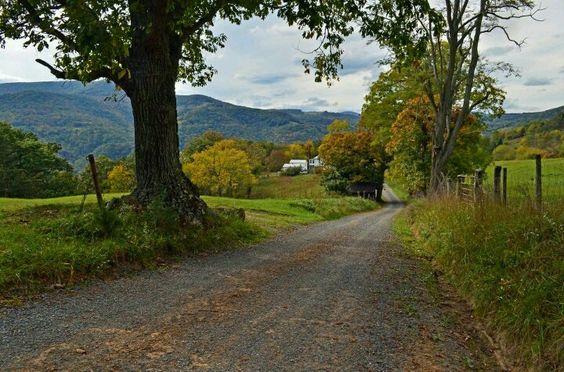 Smith Mountain Rd, WV