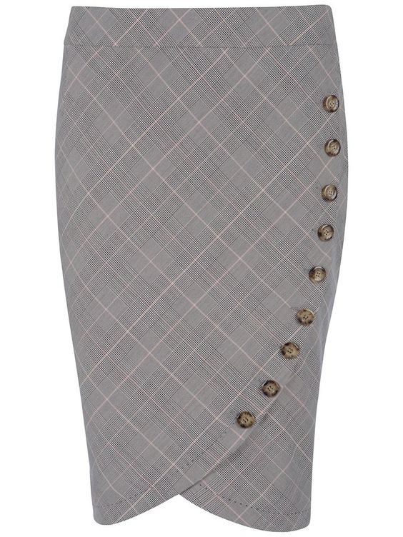 The buttons are a fun take on this classic skirt