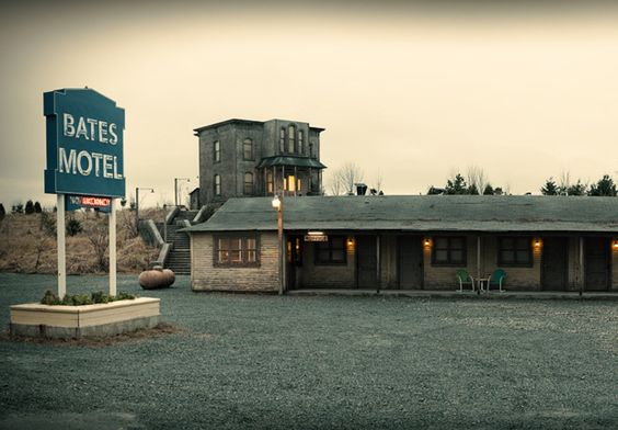 Casa y Motel Bates 9a385dad6343a3dee1a92ad5dd106847