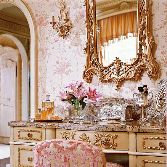 Romantic Rooms And Decorating Ideas: An Ultra-feminine Pink Dressing Room Designed By Charles