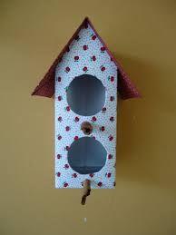 Resultado de imagem para casinha de passarinho com caixa de leite