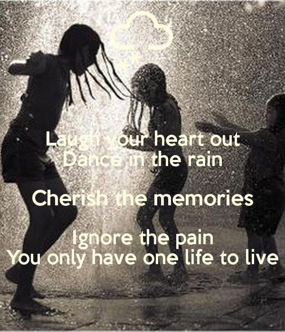 photo couple hiding keep out of the rain | Laugh your heart out Dance in the rain Cherish the memories Ignore the ...: