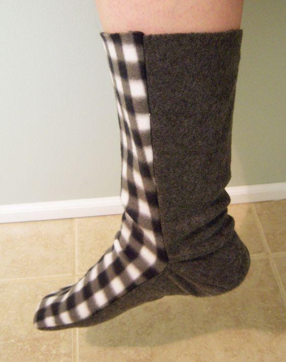 Free Fleece Sock Sewing Pattern | Fleece Sock Tutorial ...