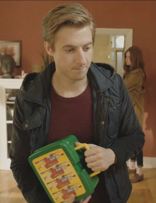 Rory's lunchbox has Romans on it. <3 <3