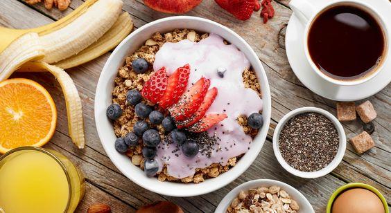 I 5 consigli per iniziare al meglio la giornata mangiando... Il sesto ve lo diamo noi: sorridete al nuovo giorno!            #LeIdeediAIA #AIA #colazione #breackfast #cereali #latte #cappuccio #succhi #succo #frutti #frutta #fruits #caffè #coffie