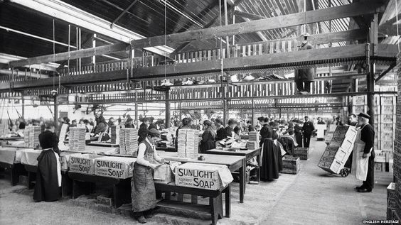 Packing department, Port Sunlight, 1894.