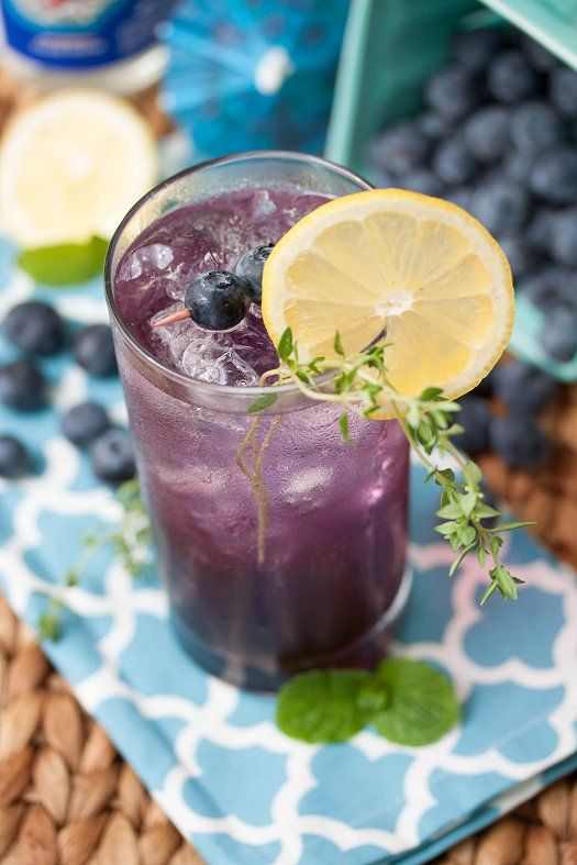 Blueberry-Thyme Gin Smash Recipe Gin, Blueberries and Syrup