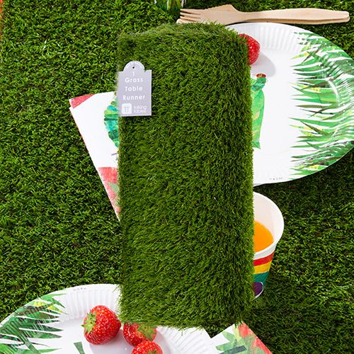 Table runners grasses and runners on pinterest for Artificial grass decoration crafts