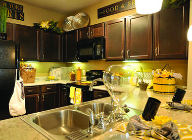 The Villas Of Chapel Creek Apartments In Frisco Texas Offer Luxury Apartment Homes With High End Amenities And Floor Plans Call For 2 3 Bedroom