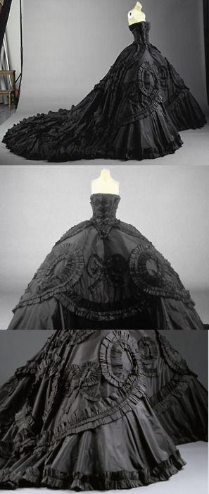 Maria Luisa Black Silk Taffeta Gown: