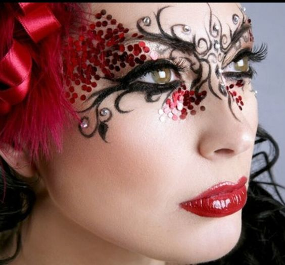 Cute masquerade make-up
