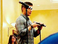 """That moment when the mic realizes it's Jensen Ackles speaking into it and passes out"""
