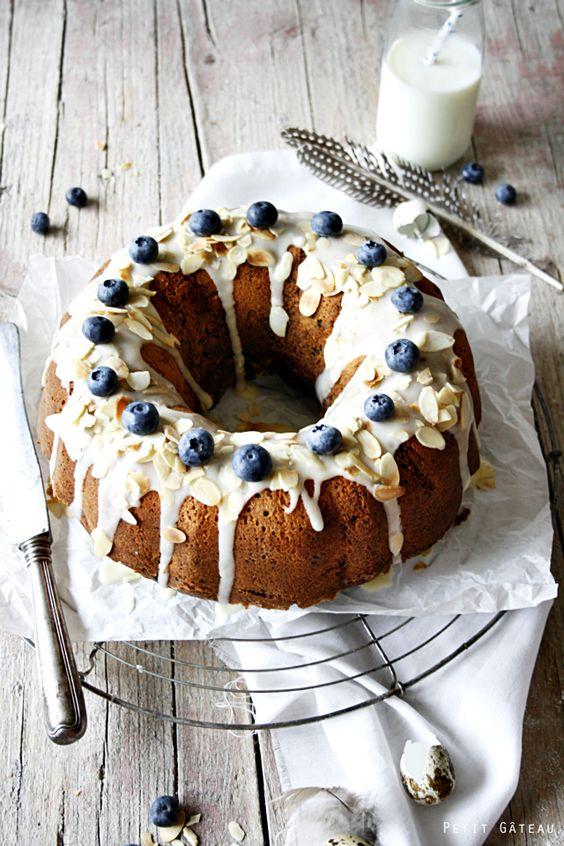 Petit Gâteau : Mein Rezept für einen saftigen Blaubeer-Marmor-Gugl & einen kleinen Einblick in meinen Foodbloggeralltag
