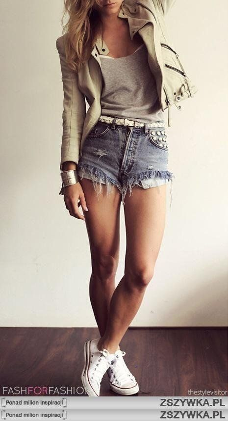 Everything about it.. (Just minus the whole high-waisted shorts part of it)