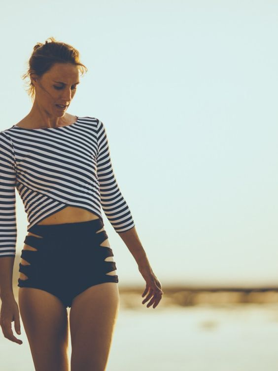 Highwasted Side Cut-Outs Black Bikini Bottoms with Stripped Cross Body Quarter Lengthed Sleeved Shirt