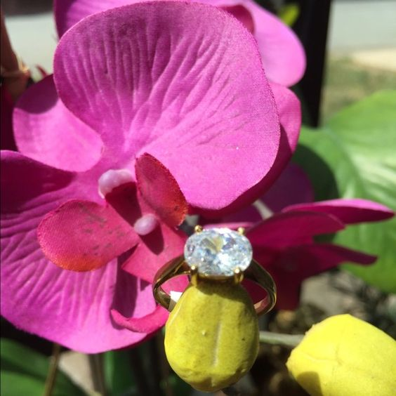 Oval Ring CZ Ring  Oval CZ Ring. Stunning! Made in Thailand  Boutique Jewelry Rings