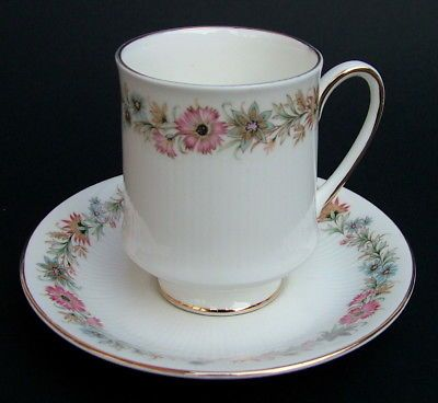 Royal Albert Paragon Belinda Pattern 1st Quality 200ml Coffee Cups & Saucers VGC