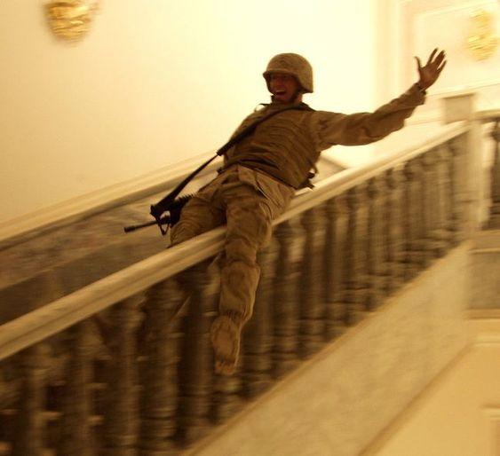 20 εντυπωσιακά αστείες φωτογραφίες από τον στρατό