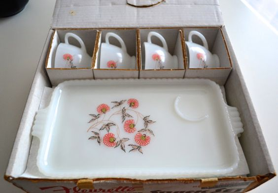 Anchor Glass Fleurette 8 Pieces Snack Set In by NikisKnickKnacks