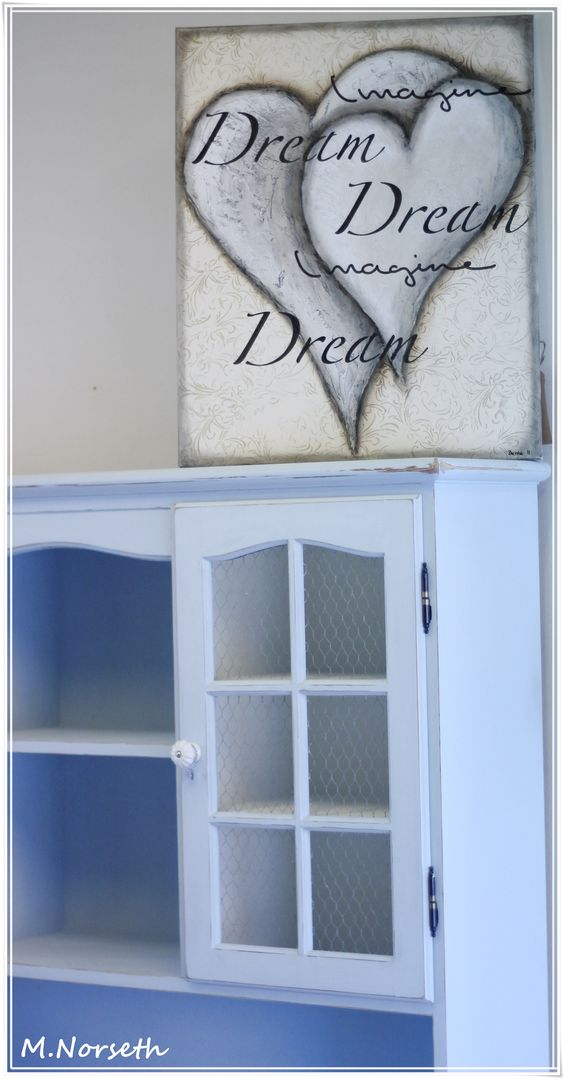 Painted with The Old Fashioned Milk Paint ♥ By Fru Pigalopps Verksted https://www.facebook.com/frupigaloppsverksted