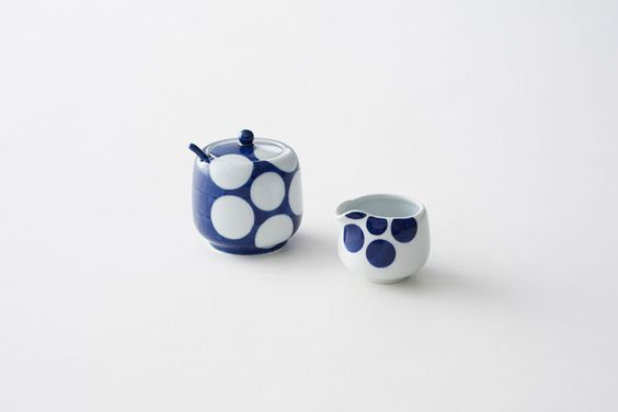 karakusa-play & ume-play collections by nendo for gen-emon porcelain kiln - designboom | architecture & design magazine