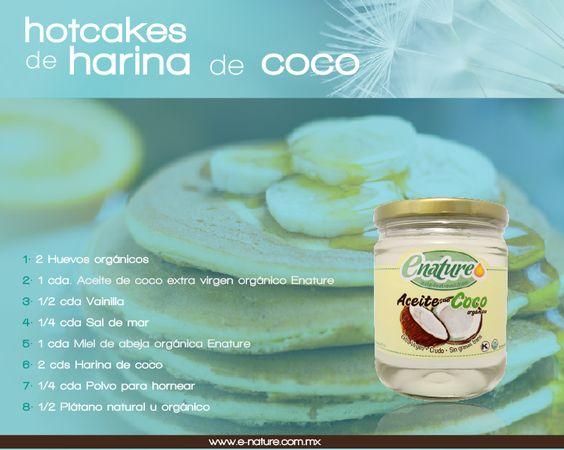 Hotcakes de harina de coco Instrucciones: - Bate los 2 huevos - Parte el plátano en trocitos - Formar una masa homogénea con los ingredientes - En un sartén pon a calentar aceite de coco extra virgen #orgánico Enature - Vacía la masa en forma de hot cake sobre el sartén, déjalos por 2min. y después los volteas - 2 min. más y ya están - Acompáñalos con Fruta natural u orgánica  Adquiere el aceite de coco en: http://e-nature.com.mx/tienda/index.php?route=product/product&path=61&product_id=63