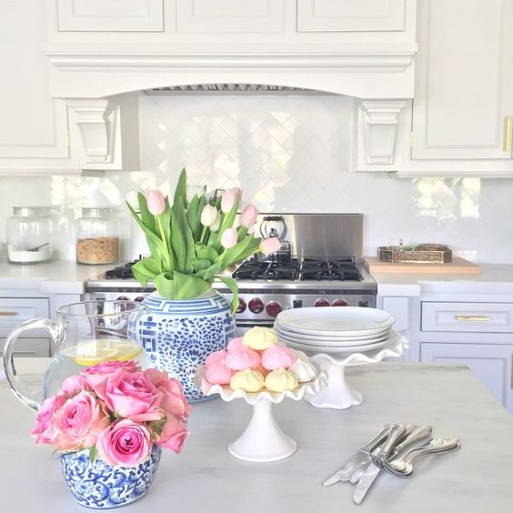 Check out the blog to find out my tips for decorating with blue and white ceramics.: