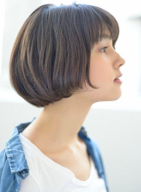 ショートボブ 30代40代に人気シルエットが綺麗なスタイル 髪型
