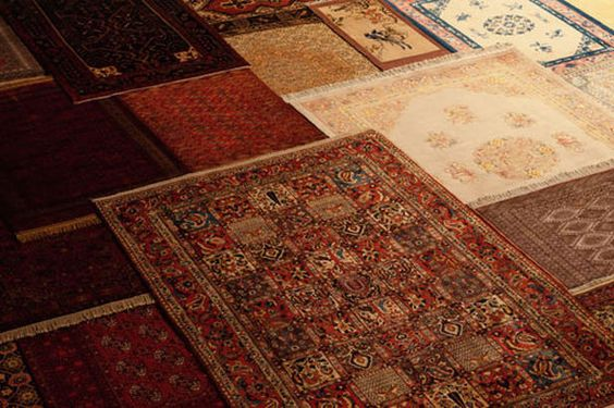 I love oriental carpets. Especially Persian Carpets. (Photo is HGTV Picking the perfect area rug)