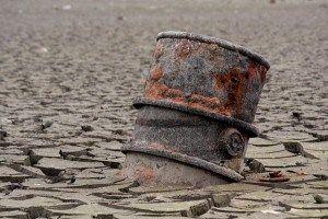 Les investissements dans le secteur pétrolier s'effondrent