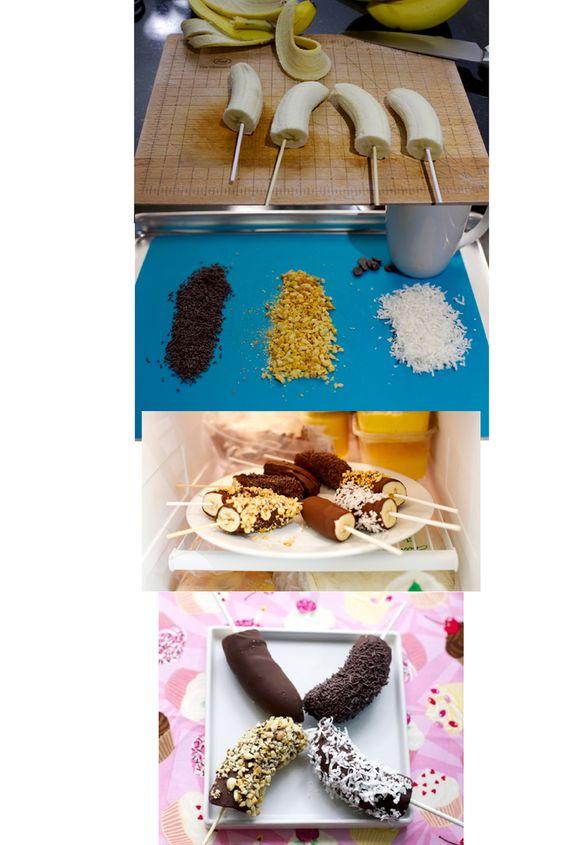 Banana pops: Plátanos bañados en chocolate