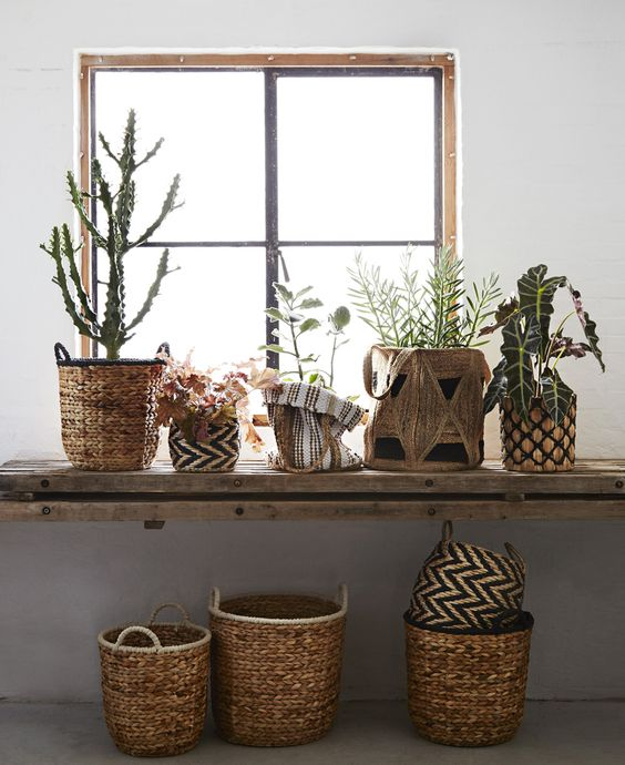 madam stoltz panier sac en jute rangement pot de plante fleur en jute tresse naturel et blanc. Black Bedroom Furniture Sets. Home Design Ideas